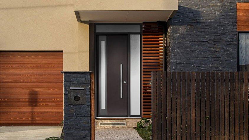 Professionals for exterior doors installation