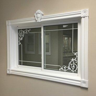 Single slider window